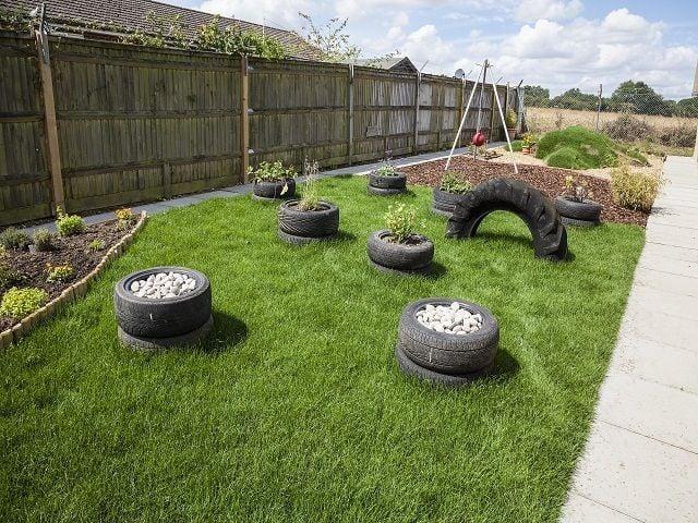 Como manter a beleza do jardim com cachorro em casa?