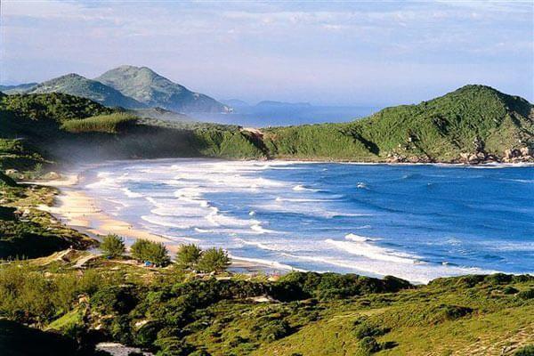 3 Praias que você precisa conhecer neste verão.